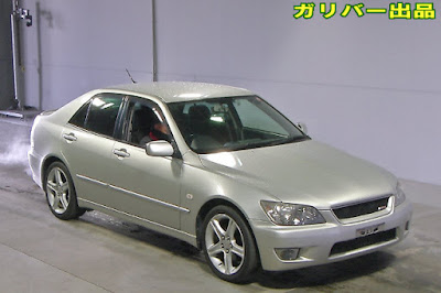 19558T1N9 2004 Toyota Altezza AS200 Z Edition