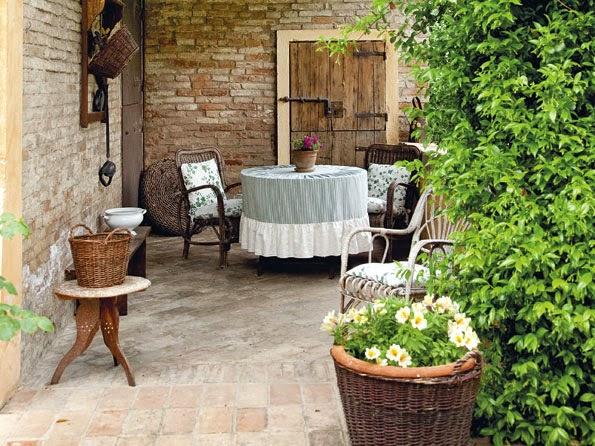 Inspiration shabby giardino provenzale - Casa provenzale ...