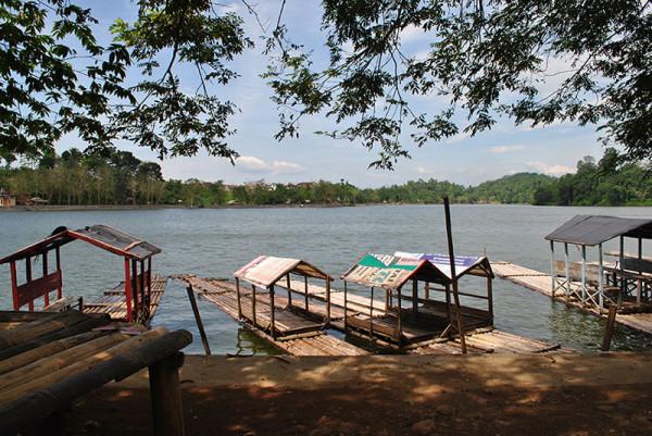Rekreasi murah dan menyenangkan di Situ Gede Bogor