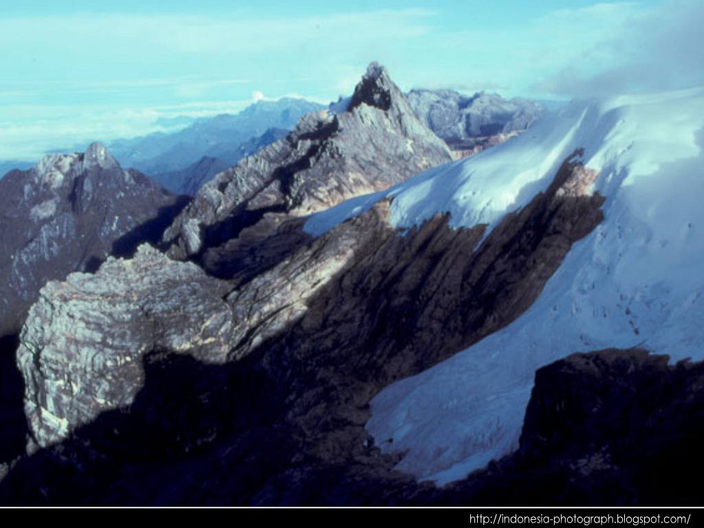 San Francisco Toyota >> full picture: Carstensz Pyramid Indonesia