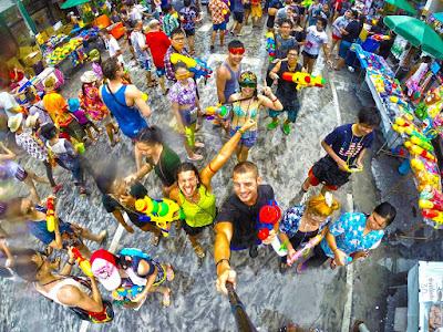 FESTIVAL songkran THAILAND