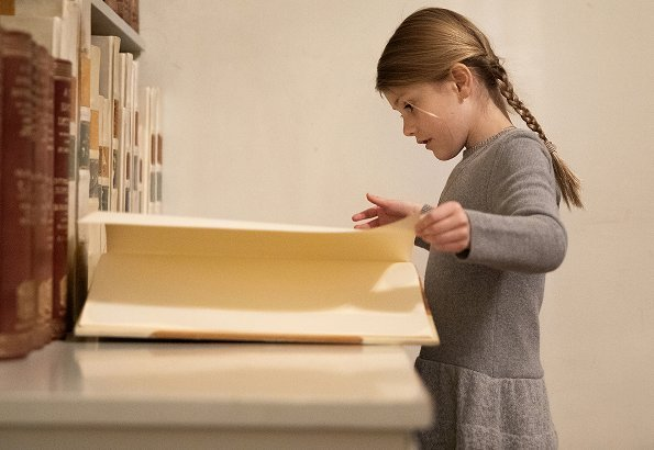 Princess Estelle visited the Bernadotte Library at the Royal Palace. Crown Princess Victoria wore Camilla Thulin Montana dress