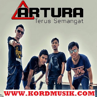 Kunci Gitar Artura - Hanya Dia