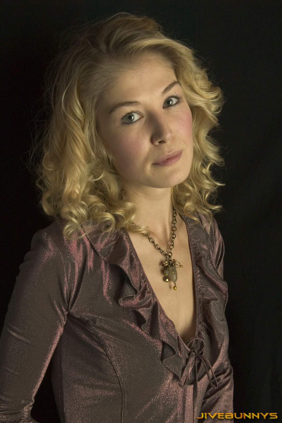 Rosamund Pike: biography and career   Film Actresses