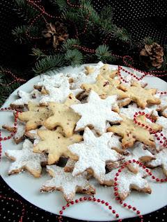 gwiazdki, gwiazdeczki, ciastka, swieta, boze narodzenie, ciasto kruche, deser