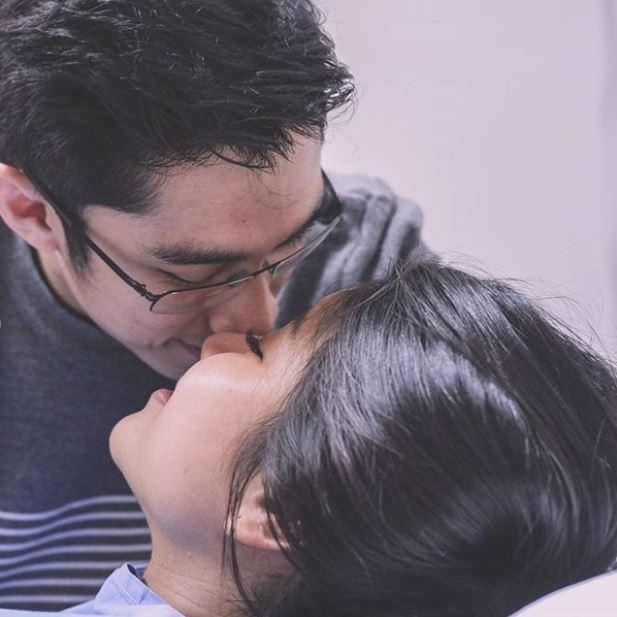 Suami Menangis Haru Menemani Momen-momen Susah dan Sakitnya Zivanna Letisha Saat Melahirkan