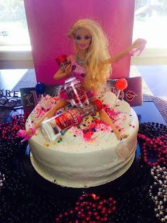 Imagenes de humor - tortas de barbie mamada