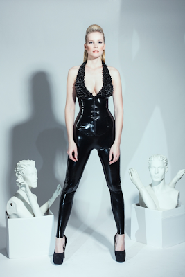 latex leather cuero fetish bdsm