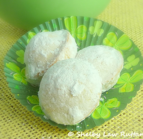 Powdered Sugar Doughnut Muffins - Gluten Free - Grumpy's