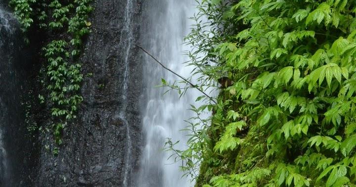Pesona Air Terjun Srambang Desa Girimulyo Ngawi
