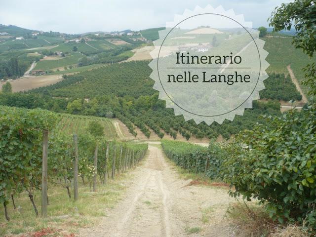 Cosa vedere nelle Langhe-Roero e Monferrato. Vigneti sotto il castello di Grinzane Cavour