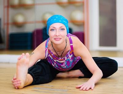Yoga sẽ giúp bạn đẩy lùi và hạn chế ung thư như thế nào?
