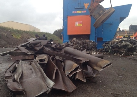 Downsizing scrap metal quickly withTaurus stationary shear baler