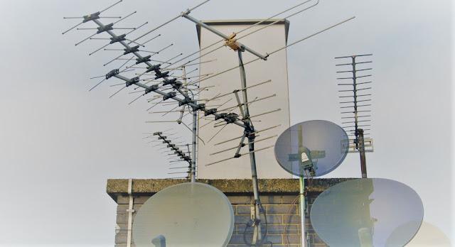 Instalaciones para la distribución de señales por satélite  Instalaciones Individuales + Colectivas
