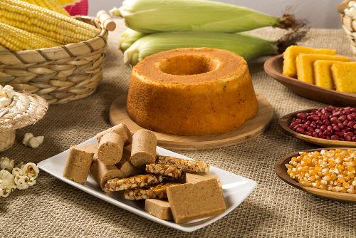 As comidas típicas são outro elemento bastante importante das festas juninas