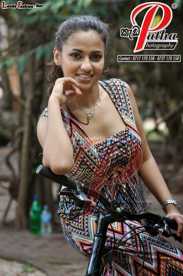 Actress & Models: Udari Warnakulasooriya - Sri Lankan