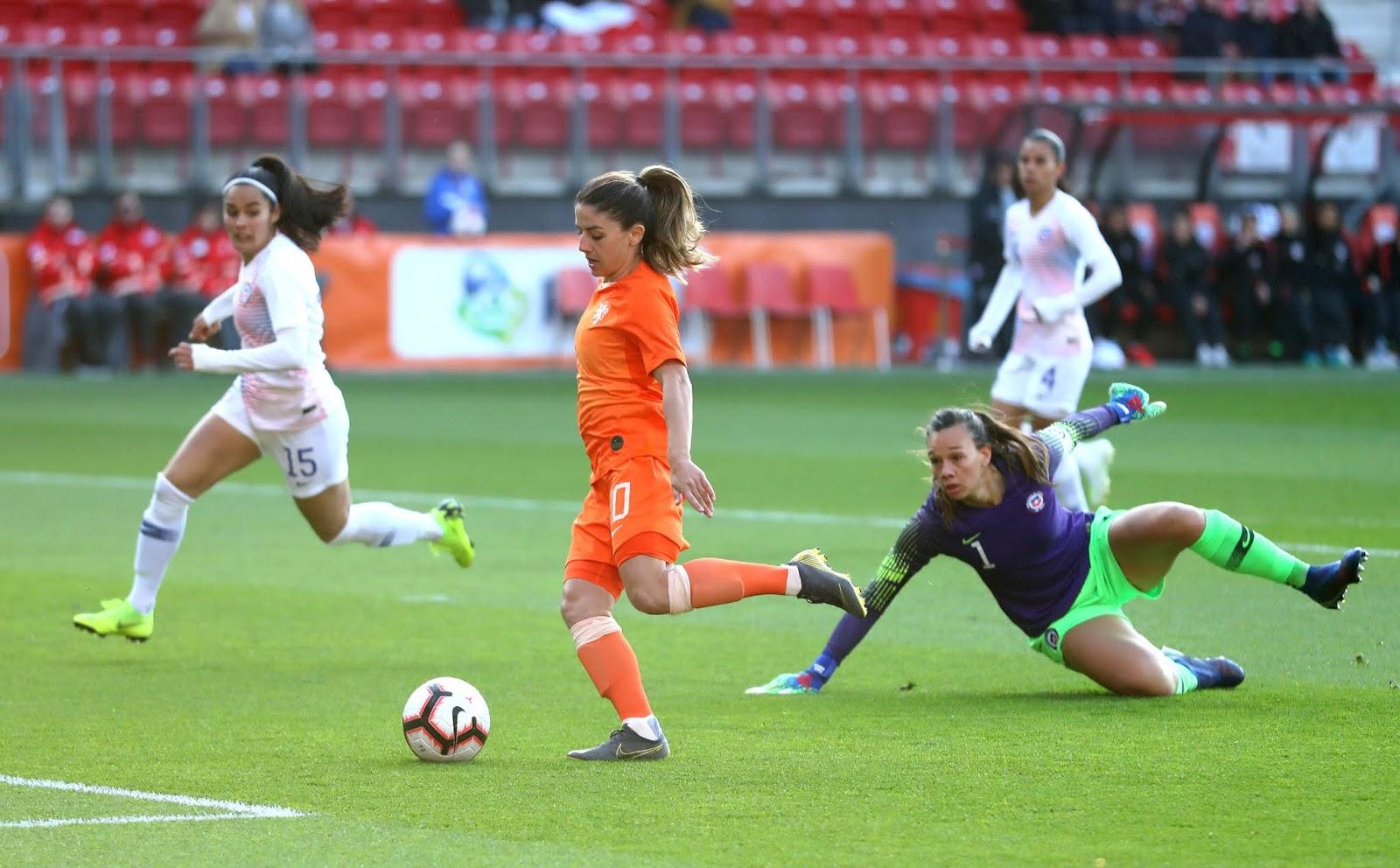 Países Bajos y Chile en partido amistoso femenino, 9 de abril de 2019
