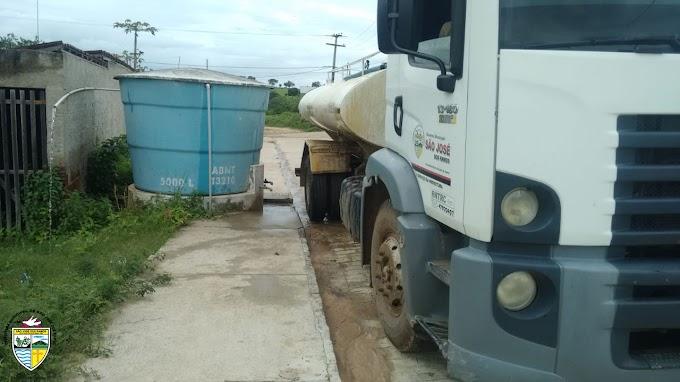 SÃO JOSÉ DOS RAMOS: Prefeitura leva água potável para diversas localidades do município.