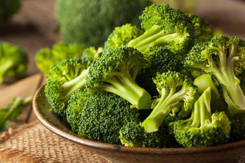 Estudo revela que tomar iogurte de brócolis pode prevenir e eliminar células cancerígenas