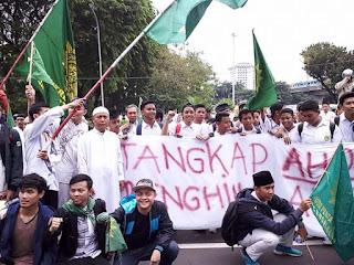 Ormas PERSIS bergabung bersama demonstran 14/10/2016 di Jakarta