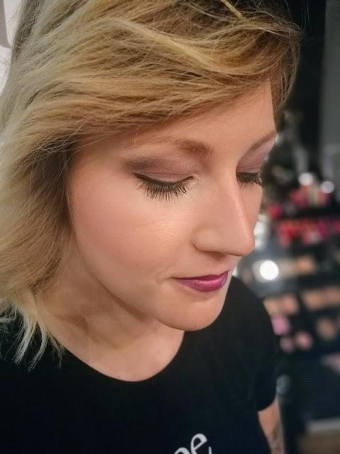 Nee makeup