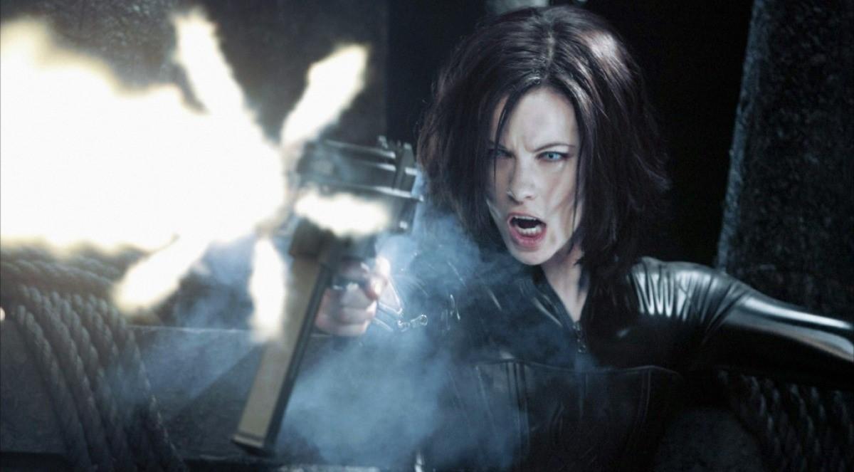 """A batalha entre Lycans e vampiros continua no 1º trailer de """"Anjos da Noite: Guerras de Sangue"""""""