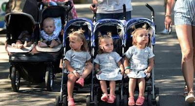 شاهد مهرجان الاطفال التوائم