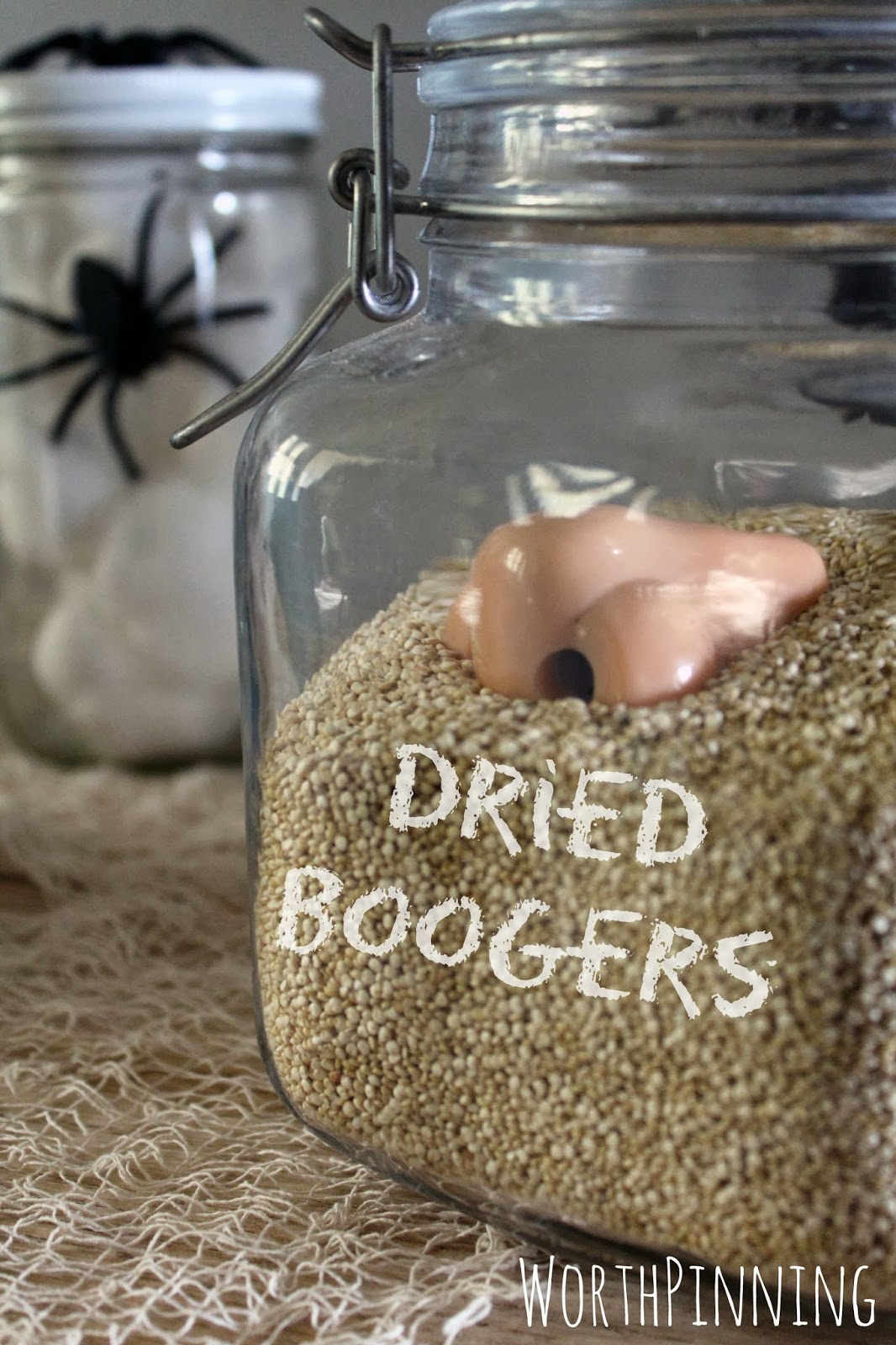 Worth Pinning Trick Or Treat Table For Halloween
