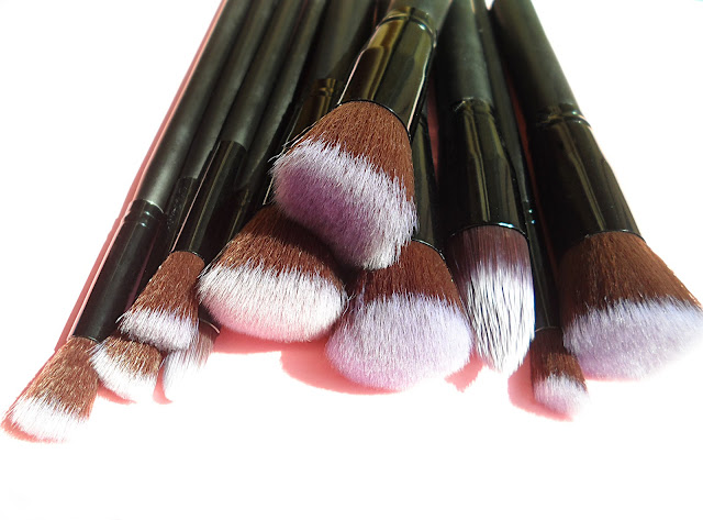 liz breygel beauty blogger makeup brush set review description how to use