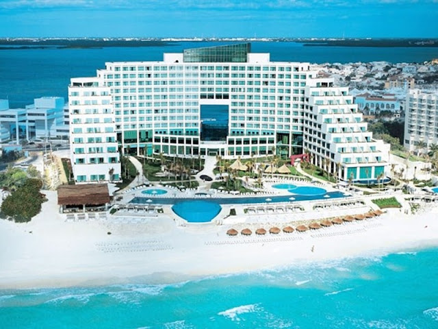 """Live Aqua Beach Resort Cancun All Inclusive Adults Only is a unique and innovative hotel experience. This """"Be Yourself"""" hotel offers relaxed luxury exclusively designed for modern adults with a limitless lifestyle."""