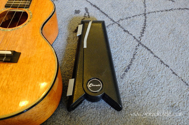 Folding Ukulele Stand folded down