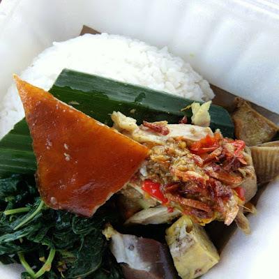 9 Tempat Wisata Kuliner Bali yang Populer dan Enak