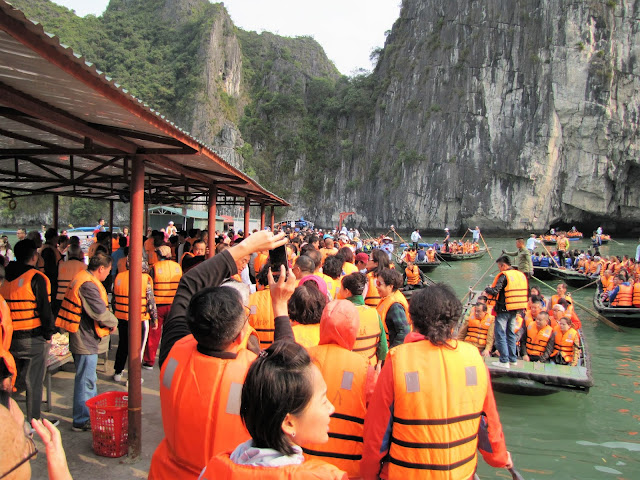 luon cave halong bay vietnam