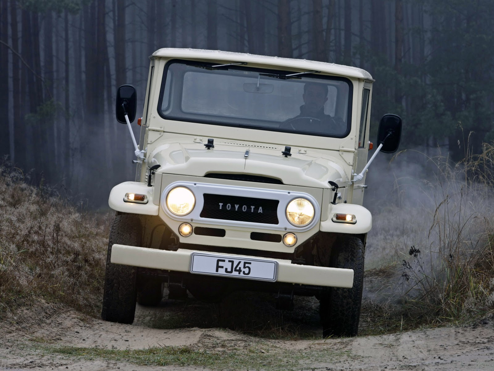 Toyota Land Cruiser Pickup FJ45