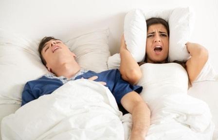 penyebab tidur mendengkur atau ngorok