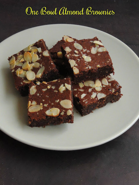 One bowl Almond Brownies