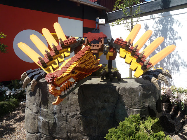 Danemark-legoland-billund-ninjago-world-dragon