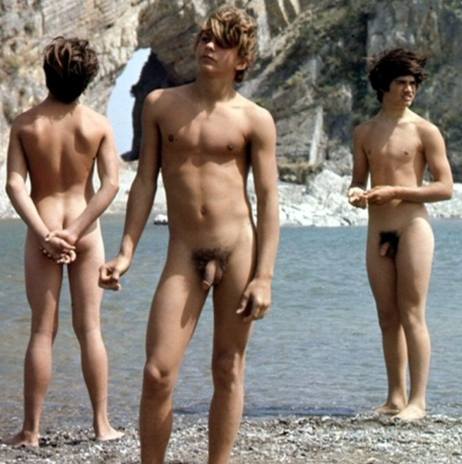 naked guys swimming