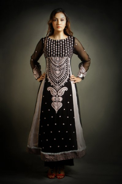Fashion Trends Girls Pakistani Party Dresses In Black