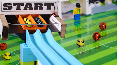 COPA do MUNDO com BOLINHAS de GUDE - TIME com SELEÇÃO de PAISES e LEGO - Marble Football  ◆ Facebook -https://www.facebook.com/FubecaManiacos  Marble Football Game - World Cup 2018 ► COUNTRYBALLS MARBLE RACE