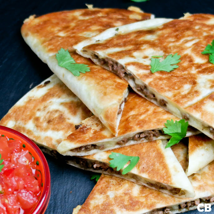 Quesadillas met Mexicaans gehakt en verse tomatensalsa