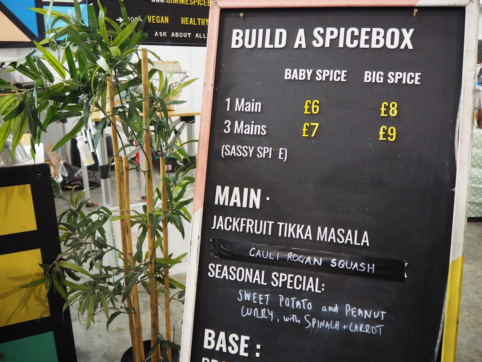 spice box display