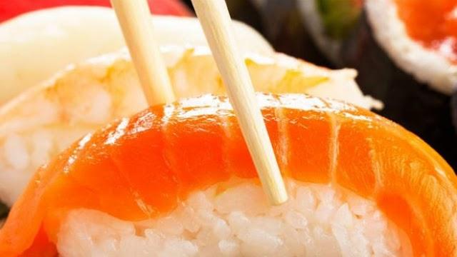 Chefs mulheres desafiam 'machismo do sushi' no Japão