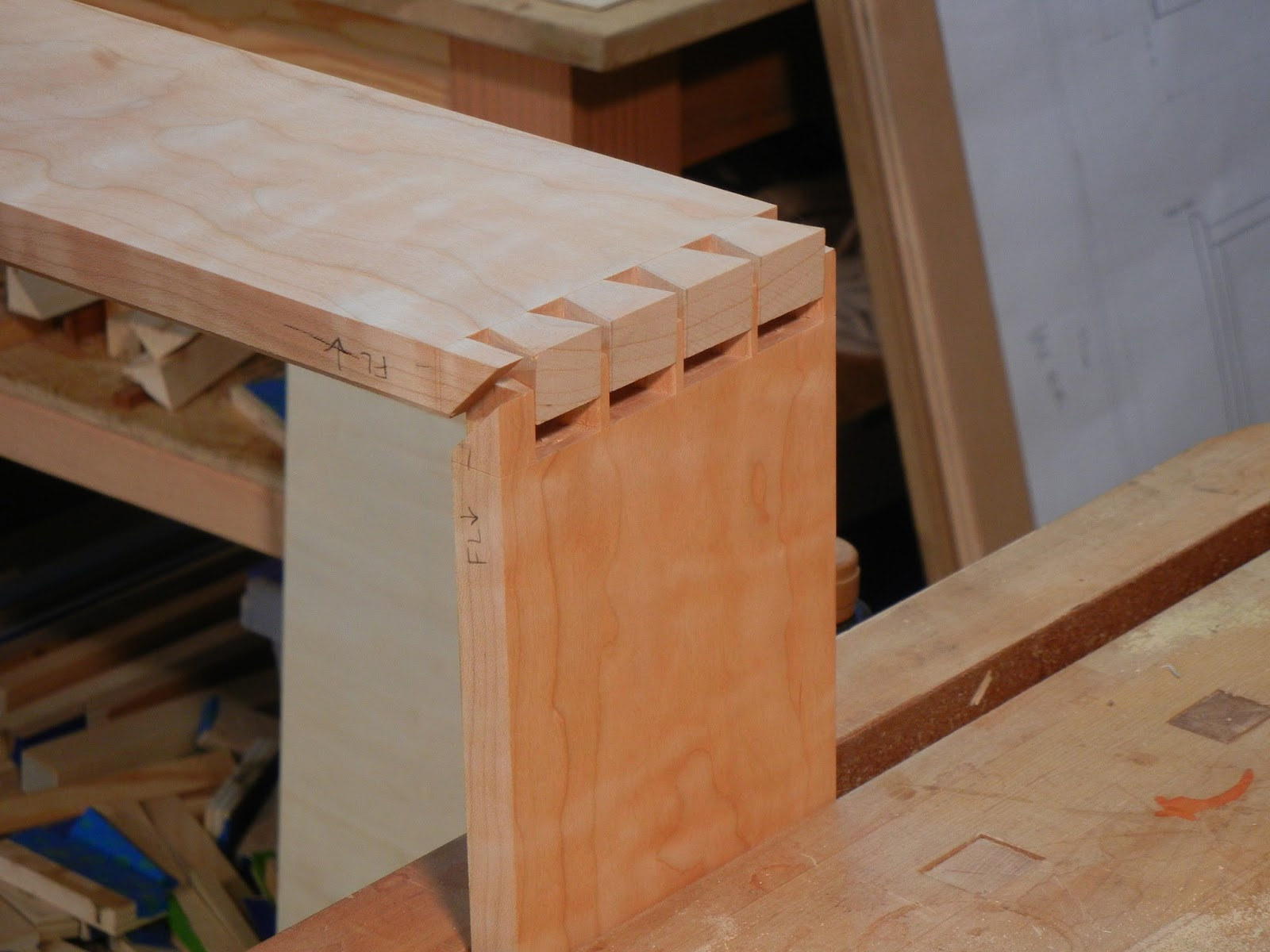 dovetailed base
