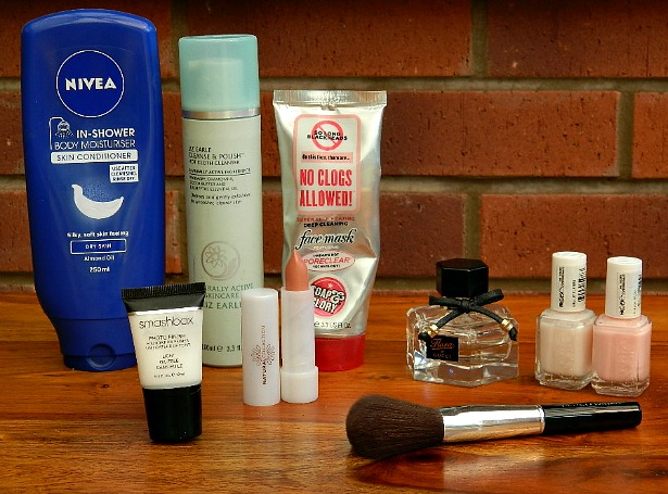july favourites nivea in shower body moisturiser liz earl hot cloth cleanse and polish soap and glory no clogs allowed heating face mask blue review gucci flora perfume essie muchi muchi ballet slippers nail polish bare minerals face brush powder natural collection lipstick shades autumn sunset smashbox photo flawless primer light