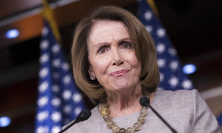 Democrats begin to see Pelosi as a 2018 problem