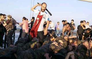 Turkey coup suspects to wear brown uniforms