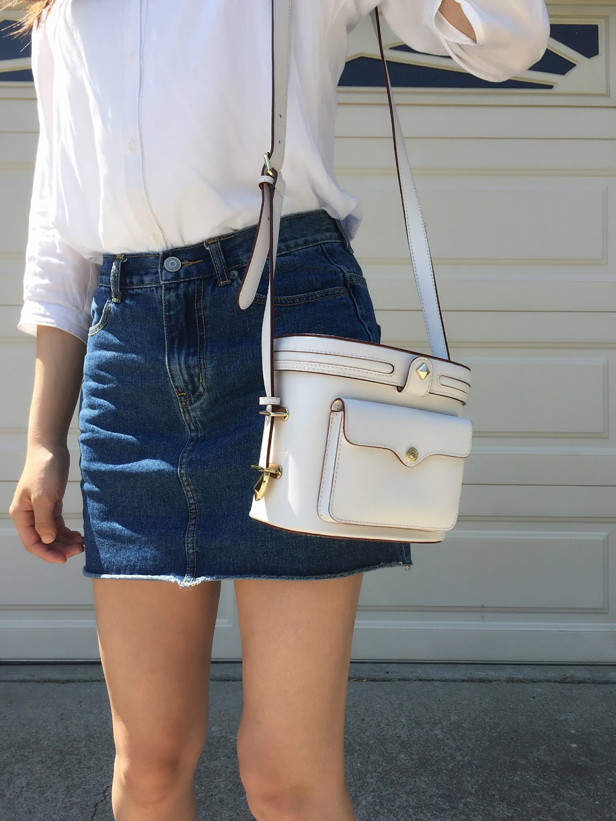 The Perfect Denim Skirt -- the only denim skirt you ever need in your closet | aesteblanc.blogspot.com