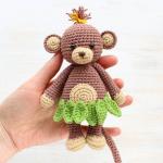 https://amigurumi.today/crochet-cuddle-me-monkey-amigurumi-pattern/
