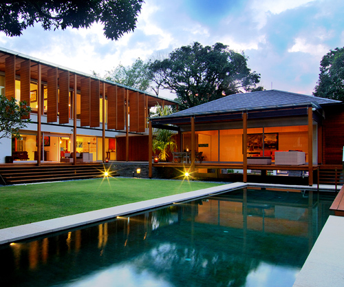 living new style in tropical contemporary singapore Asian